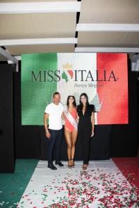 Maria Torchia è «Miss La pecora nera Beach»